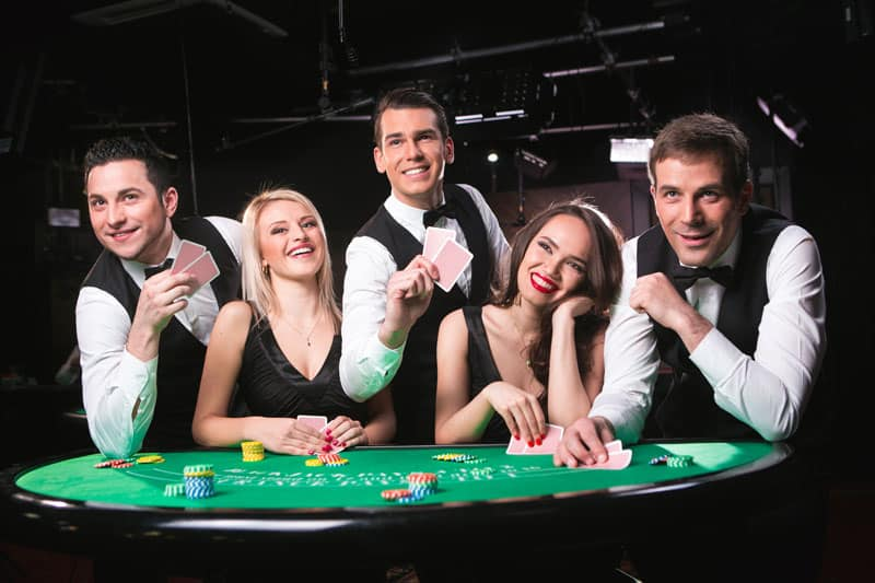Evolution Blackjack dealer group
