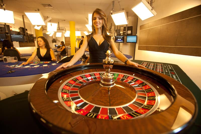natalia live dealer at visionary igaming