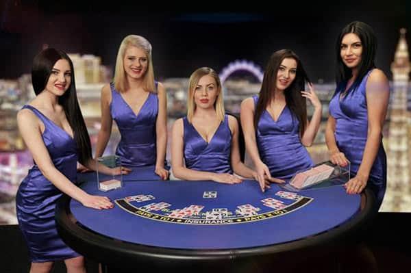 Playtech Romanian Studio Dealer image